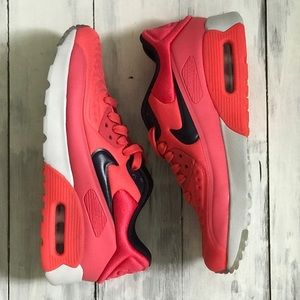 Nike Air Max sneakers. Pink. Size 4y or 5.5 Women